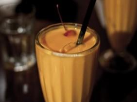 Foto: joo0ey på Flickr Mango Lassis är ett hälsosammare alternativ än smoothies, som kan innehålla en hel del socker.