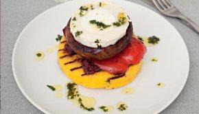 Foto: Phaidon Press Kombinationen av krämig getost och polenta är mer än bara  vegetarianer.