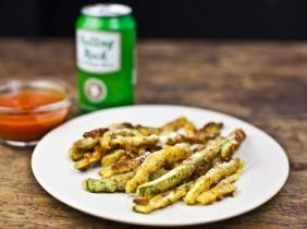 Foto: Mark Shaw Zucchini frites är en utsökt hälsokost.